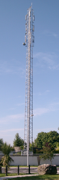 Voss Triangular Slimline Tower